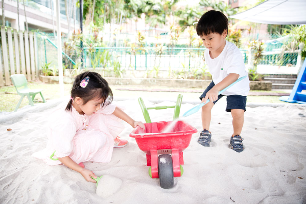 Heartfield Outdoor Play The sand yard