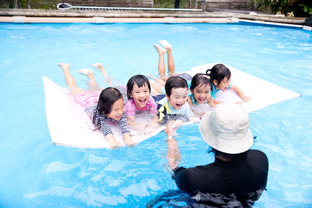 Heartfield Outdoor Play Swimming with coach